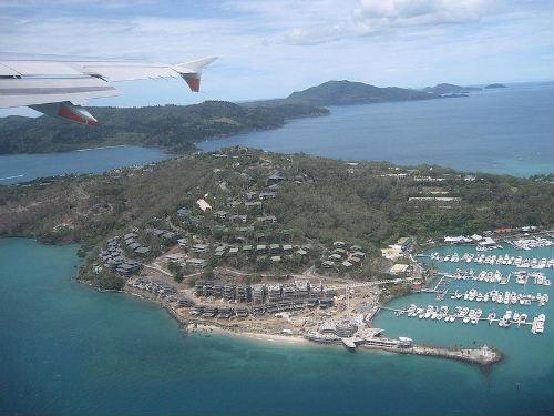 Isla Hamilton