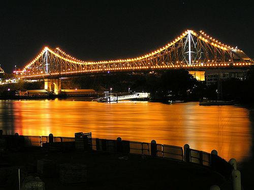 El Puente de la Historia, gran atractivo turístico