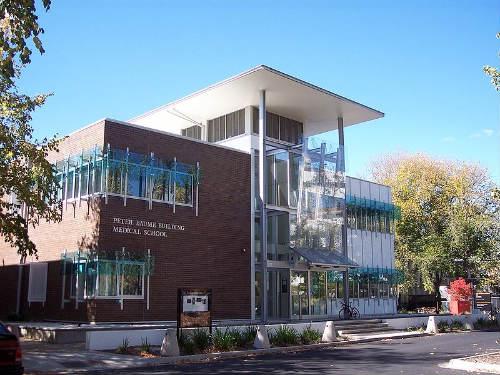 Universidad Nacional Australia
