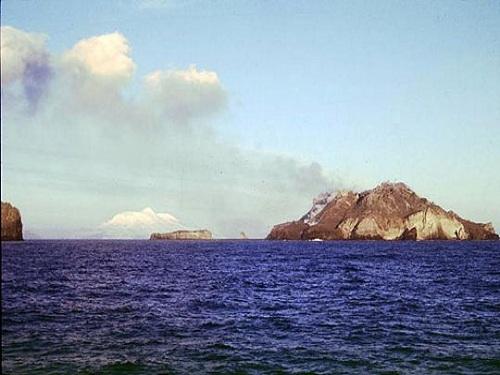 volcan mcdonald islands